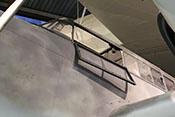 Geöffnetes Seitenfenster des Windschutzaufbaus der Bf 110
