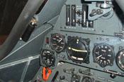Höhenmesser, Fahrtmesser, künstlicher Horizont und Variometer