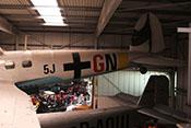 """Rumpf und Heck der He-111-Lizenz mit taktischen Markierungen (5J+GN) des Kampfgeschwaders 4 """"General Wever"""""""