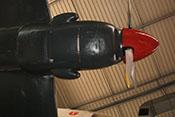 Luftschraube, Spinner und untere Triebwerkverkleidung mit dem Kühler