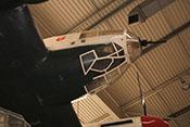Leuchtpatronenkästen an der rechten Seitenwand des Cockpits und A-Stand in der Kanzelspitze