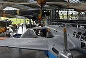 Blick über die rechte Tragfläche auf das Heck der CASA C-2-111.B (Heinkel He 111 H-16)