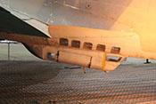 Bodenwanne mit Sichtfenstern und Einstieg im unteren Teil des Flugzeugrumpfes