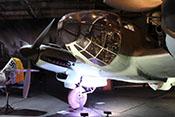 Anischt der Heinkel He 111 H-20 mit der typischen Glaskanzel (A-Stand hier ohne übliches MG 131)
