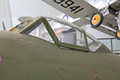 Panzerglas im vorderen Windschutzaufbau des Cockpits