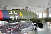 Rumpfhinterteil der Me 262 mit Wartungsklappe und Peilrahmen