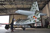 Heck der Me 262 mit dem Leitwerksträger, den Flossen und Rudern