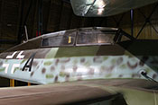 Cockpit des zweisitzigen Me262-Schulflugzeuges
