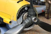 Stirnseite des Flugmotors DB 601 mit Propeller