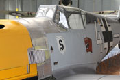 Luftansaugstutzen des DB 601, hinteres oberes Haubenteil der Triebwerksverkleidung und Windschutzaufbau