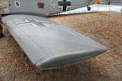 Linker Flügel mit Randkappe und Vorflügel