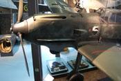Propeller, Spinner sowie vordere und hintere Teile der oberen Triebwerksverkleidung