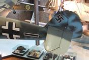 Höhen- und Seitenleitwerk der Bf 109 E mit den entsprechenden Rudenflächen