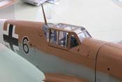 Blick von oben auf das Cockpit der Bf 109