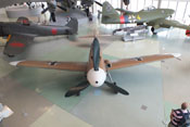 Ansicht der Messerschmitt Bf 109 G-2 von 12 Uhr oberhalb