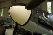 Kleines Loch eines Durchschusses im Spinner der Bf 109