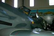 Blick über die Tragfläche mit Wölbung für das größere Fahrwerk der Bf 109 G-2