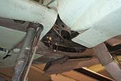 Vorderer Beschlag für die Trägeraufhängung am Wärmeschott der Messerschmitt Bf 109 G-6