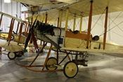 Britischer Bomber Royal Aircraft Factory BE2b von 1914 im RAF-Museum London-Hendon