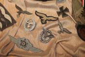 Luftwaffenadler, Flugzeugführerabzeichen und Eisernes Kreuz 1. Klasse