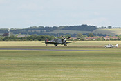 Start der Supermarine Spitfire Vb G-LFVB (1942) zur Flying-Legends-Airshow 2016