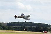 Supermarine Spitfire Vb EP120 G-LFVB (1942) im waghalsigen Tiefflug
