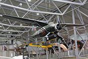 Verbindungsflugzeug Westland Lysander Mk IIIA 'Lizzie' - im Hintergrund die de Havilland D.H.82 Tiger Moth und die Royal Aircraft Factory R.E.8