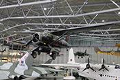 Westland Lysander Mk IIIA und Senkrechtstarter Siddeley Harrier GR3