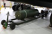 HC (High Capacity) 4.000 lb 'Cookie' - 1.818 kg schwere Luftmine (Minenbombe) mit bis zu 1.500 kg Sprengstoff