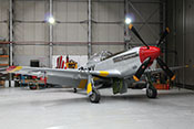 US-amerikanisches Jagdflugzeug North American P-51D-30-NA 'Mustang' MX-I 'February' 44-74391 im Hangar