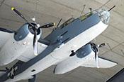 Nase der North American B-25J 'Mitchell' mit den vorwärtsgerichteten Bordwaffen