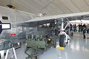 Rechtes Hauptfahrwerk der Consolidated B-24M 'Liberator'