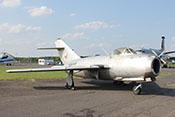 """Jagdflugzeug Mikojan-Gurewitsch MiG-15bis (NATO-Code: Fagot B) des tschechoslowakischen Jagdbombergeschwaders 30 """"Ostrava"""""""