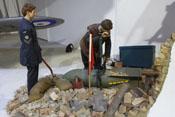 Diorama einer Bombenentschärfung