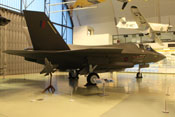 Lockheed Martin F-35 'Lightning II' - Tarnkappen- Mehrzweckkampfflugzeug