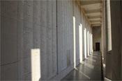 Menin-Tor mit den Namen von ca 55.000 vermissten Briten und Commonwealth-Soldaten